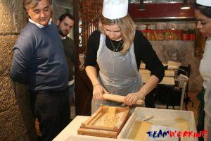 Team Building Pasta Cooking: spaghetti alla chitarra