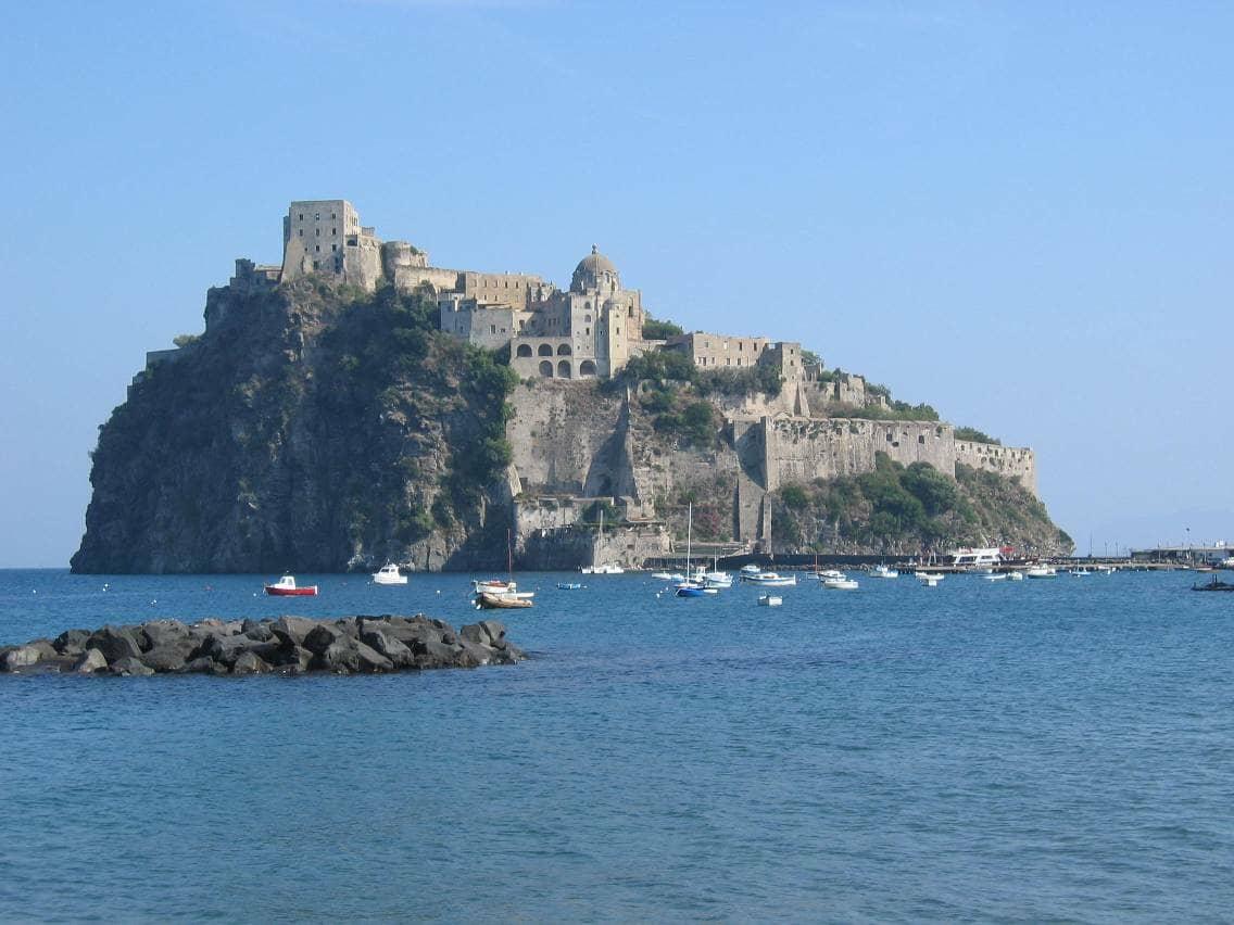 Ischia: l'Isola delle Terme. Castello Aragonese