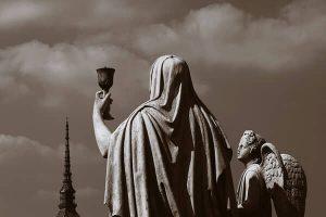 Statua della Gran Madre vista dalla Mole