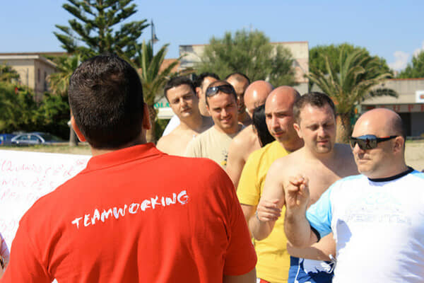 Esercizi di team building: Warp Speed